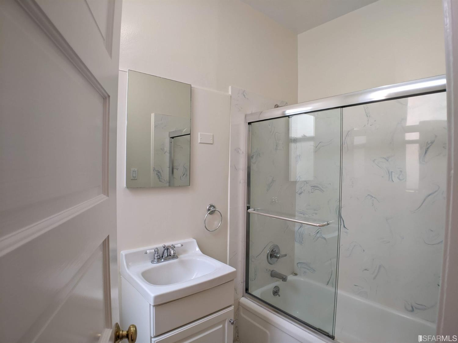 Listing 507854 : 2250  Greenwich Street, San Francisco, CA, 94123  (photo 35)