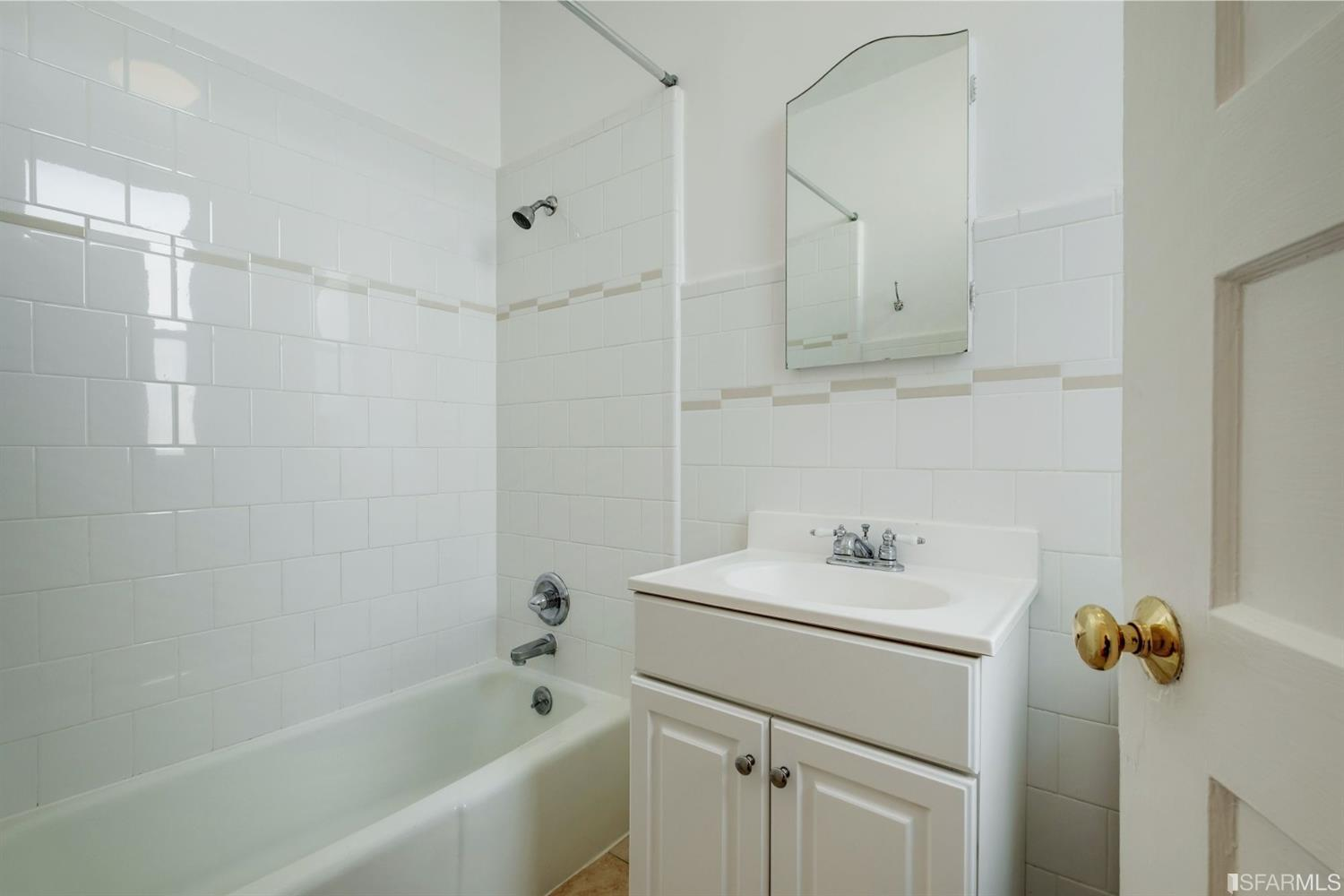 Listing 507854 : 2250  Greenwich Street, San Francisco, CA, 94123  (photo 26)