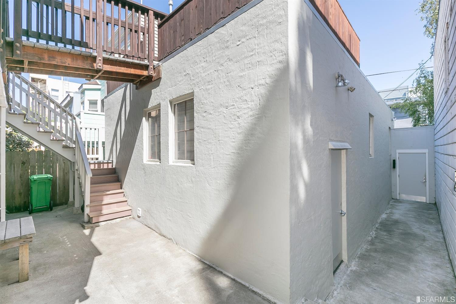 Listing 507854 : 2250  Greenwich Street, San Francisco, CA, 94123  (photo 5)