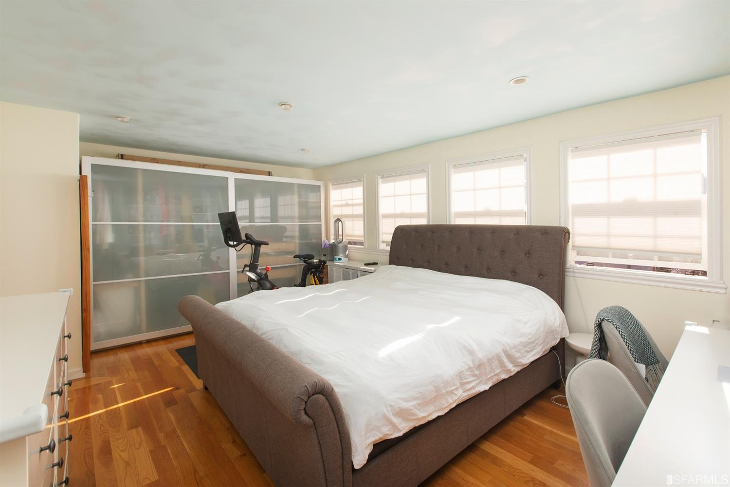 Listing 512093 : 2352-2356  Lombard Street, San Francisco, CA, 94123  (photo 18)