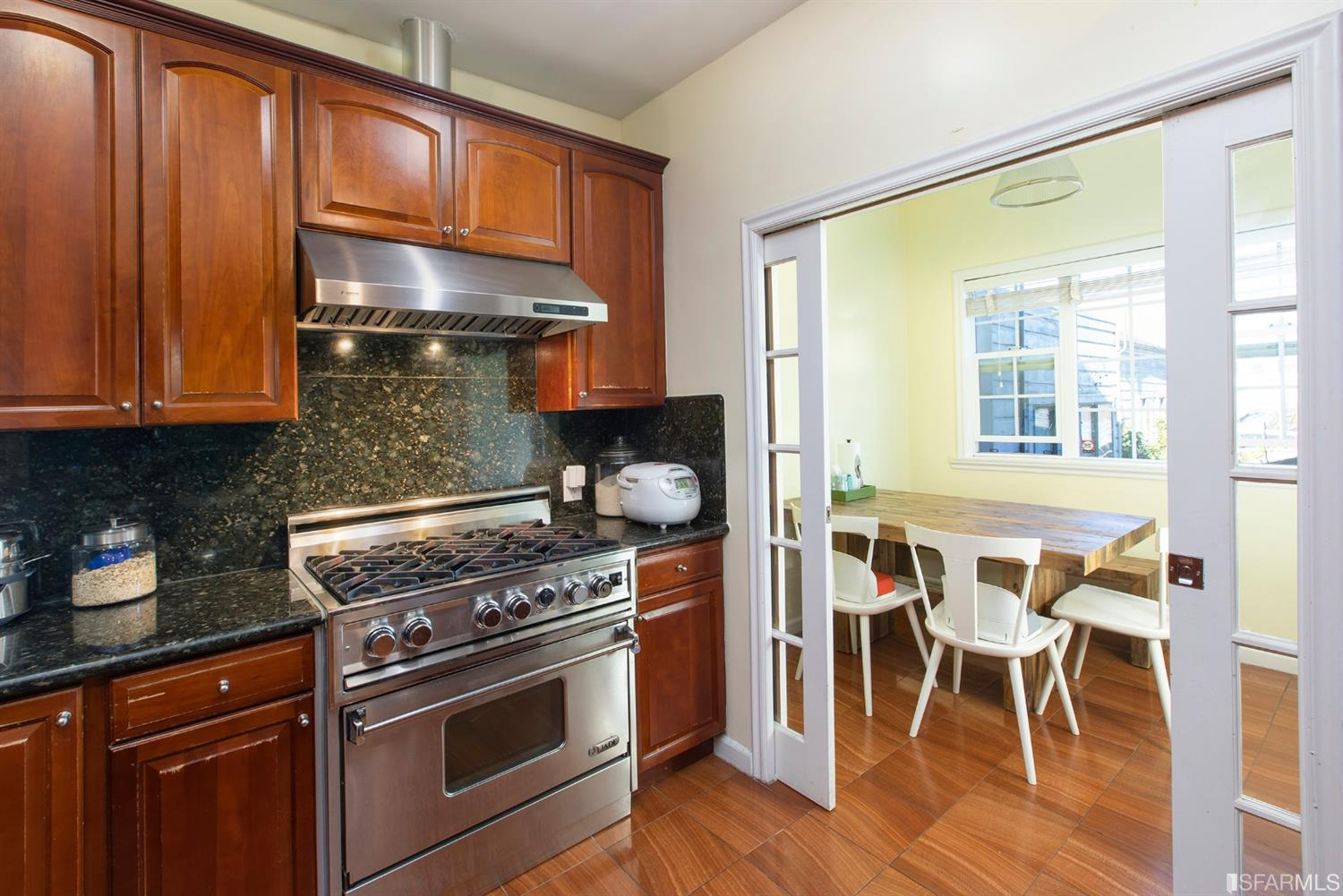 Listing 512093 : 2352-2356  Lombard Street, San Francisco, CA, 94123  (photo 14)