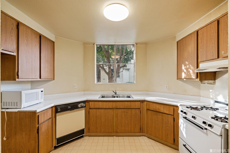 Listing 512288 : 1810-A  Ellis Street 63, San Francisco, CA, 94115  (photo 4)