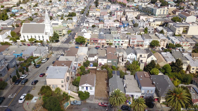 Listing 513433 : 1782  Quesada Avenue, San Francisco, CA, 94124  (photo 5)