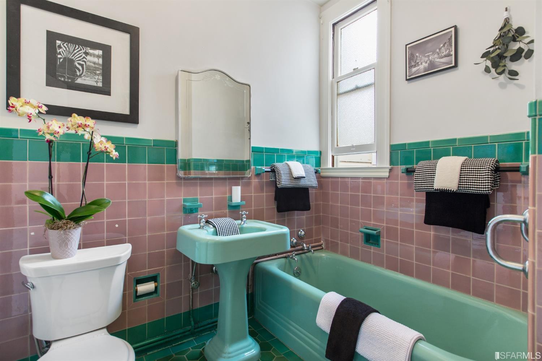 Listing 513978 : 2227-2229  Lombard Street, San Francisco, CA, 94123  (photo 36)
