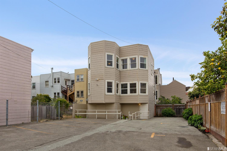 Listing 513978 : 2227-2229  Lombard Street, San Francisco, CA, 94123  (photo 52)