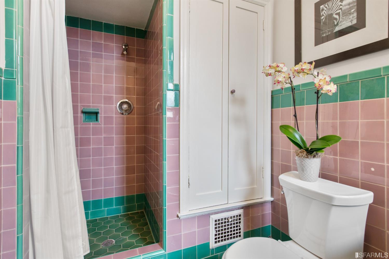 Listing 513978 : 2227-2229  Lombard Street, San Francisco, CA, 94123  (photo 37)