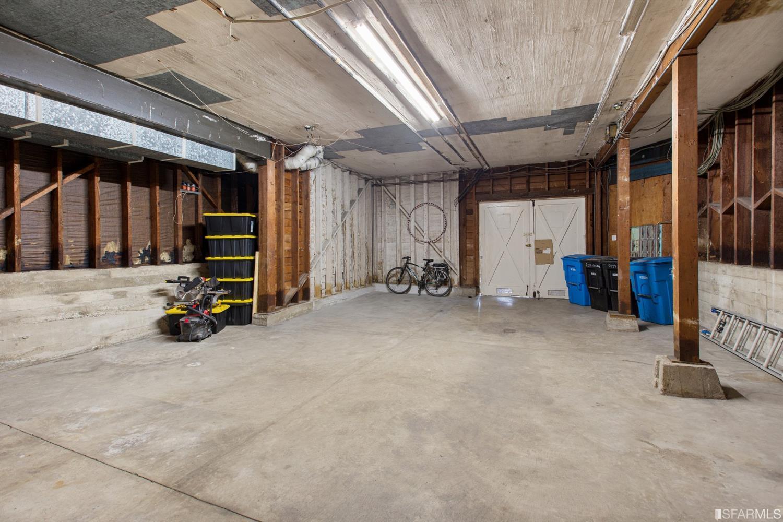 Listing 513978 : 2227-2229  Lombard Street, San Francisco, CA, 94123  (photo 46)