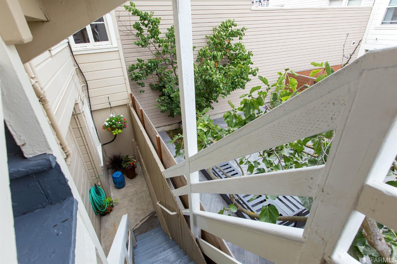 Listing 513978 : 2227-2229  Lombard Street, San Francisco, CA, 94123  (photo 49)