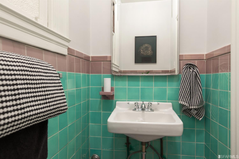 Listing 513978 : 2227-2229  Lombard Street, San Francisco, CA, 94123  (photo 39)