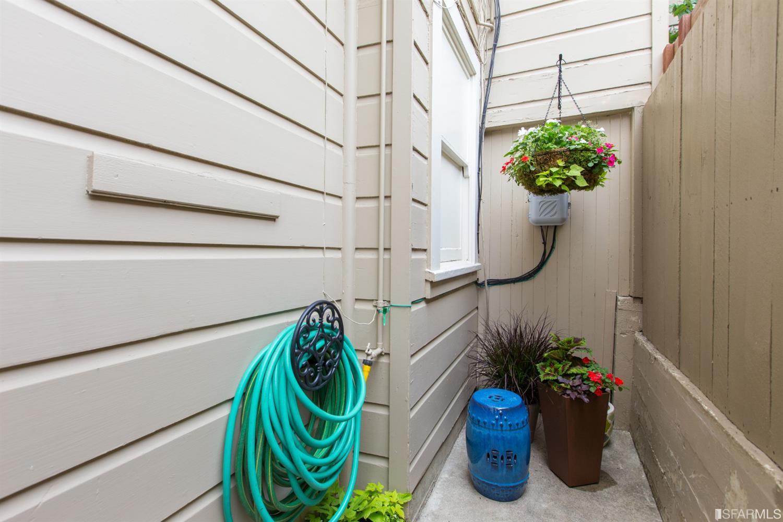 Listing 513978 : 2227-2229  Lombard Street, San Francisco, CA, 94123  (photo 48)