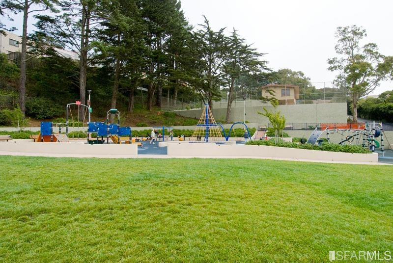 Listing 514238 : 359-361  Hearst Avenue, San Francisco, CA, 94112  (photo 55)