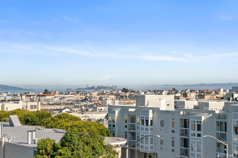 Listing 511046 : 3131  Pierce Street 202, San Francisco, CA, 94123  (photo 13)