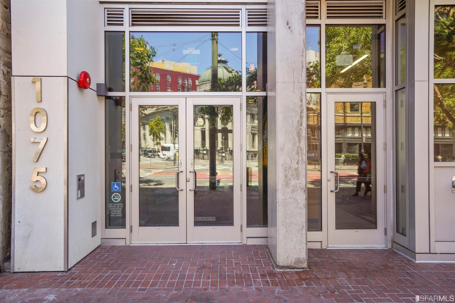 Listing 421521213 : 1075  Market Street 413, San Francisco, CA, 94103  (photo 25)