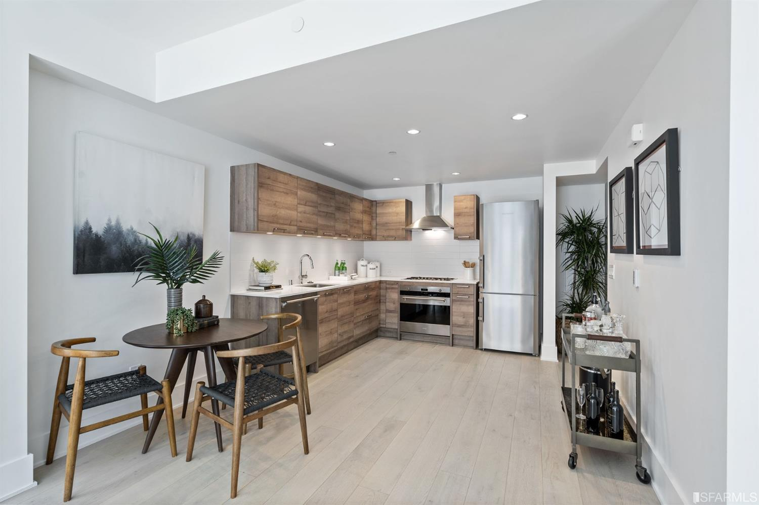 Listing 421521213 : 1075  Market Street 413, San Francisco, CA, 94103  (photo 6)