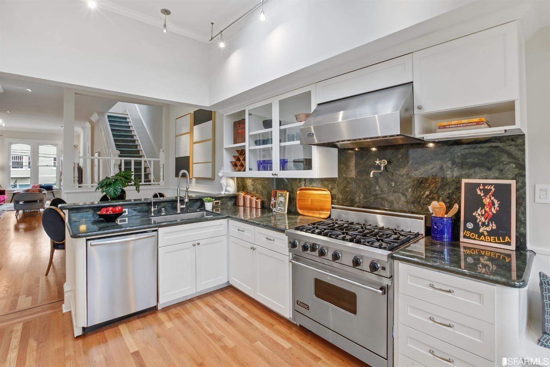 Listing 421525020 : 2708  Greenwich Street 3, San Francisco, CA, 94123  (photo 8)
