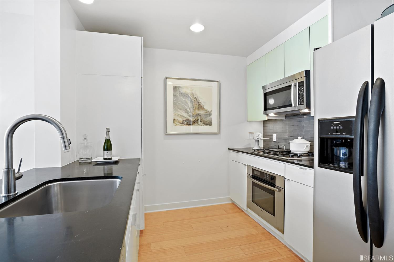 Listing 421525339 : 501  Beale Street 12E, San Francisco, CA, 94105  (photo 6)
