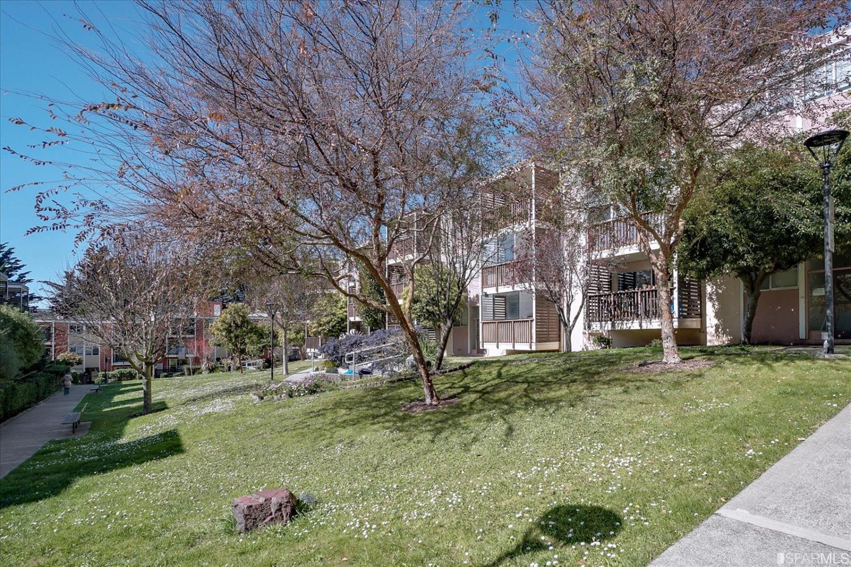 Listing 421530831 : 15  Galilee Lane 2, San Francisco, CA, 94115  (photo 25)