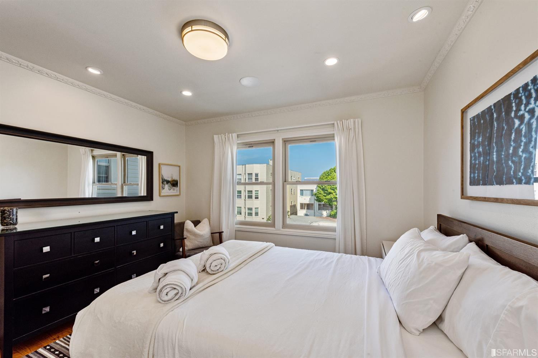 Listing 421530915 : 1754-1756  Greenwich Street, San Francisco, CA, 94123  (photo 15)