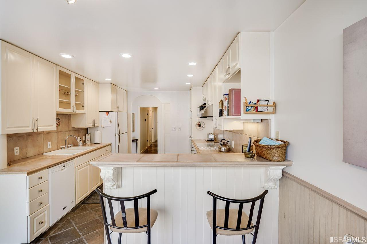 Listing 421531375 : 45  Cleary Court 4, San Francisco, CA, 94109  (photo 6)