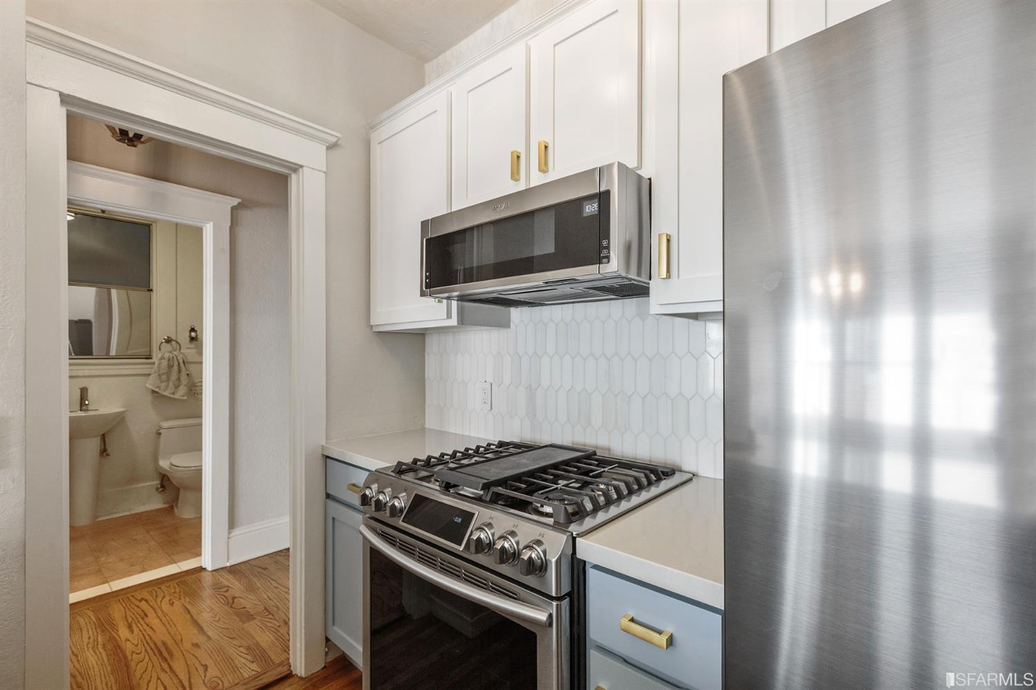 Listing 421531324 : 2415  Van Ness Avenue 305, San Francisco, CA, 94109  (photo 12)