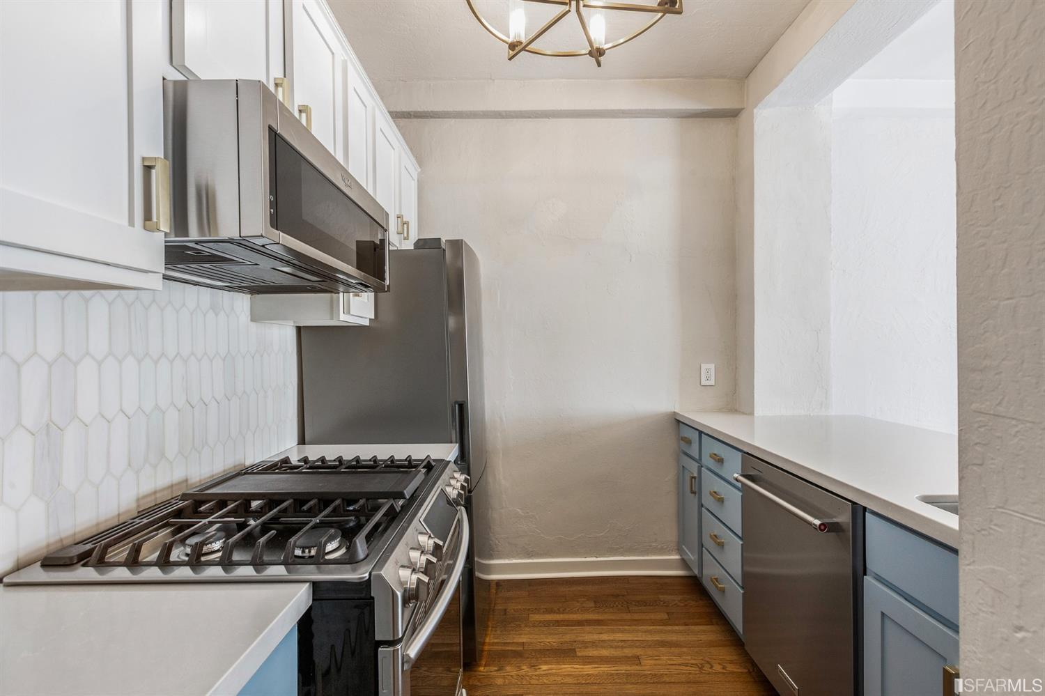 Listing 421531324 : 2415  Van Ness Avenue 305, San Francisco, CA, 94109  (photo 11)