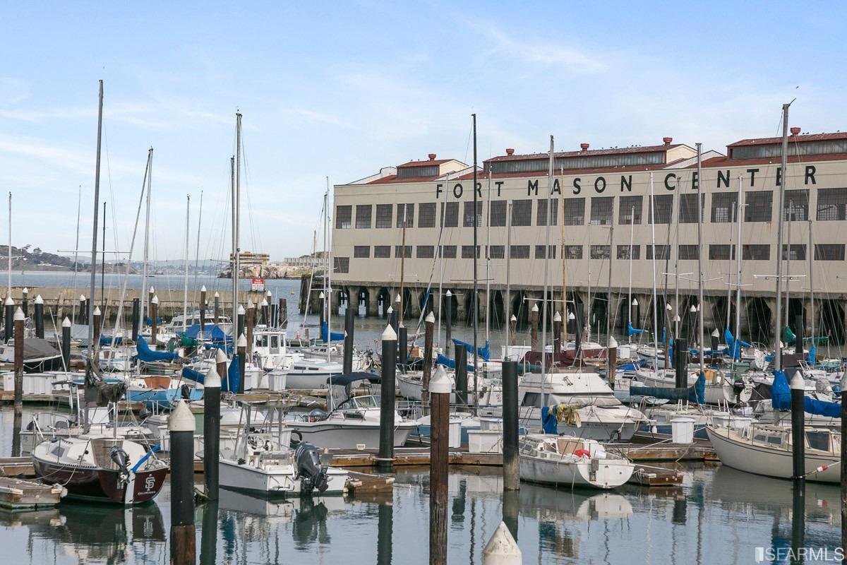 Listing 421536417 : 2519  Chestnut Street, San Francisco, CA, 94123  (photo 61)