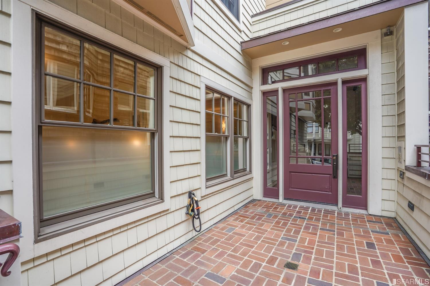 Listing 421541681 : 1218  Leavenworth Street 1, San Francisco, CA, 94109  (photo 3)