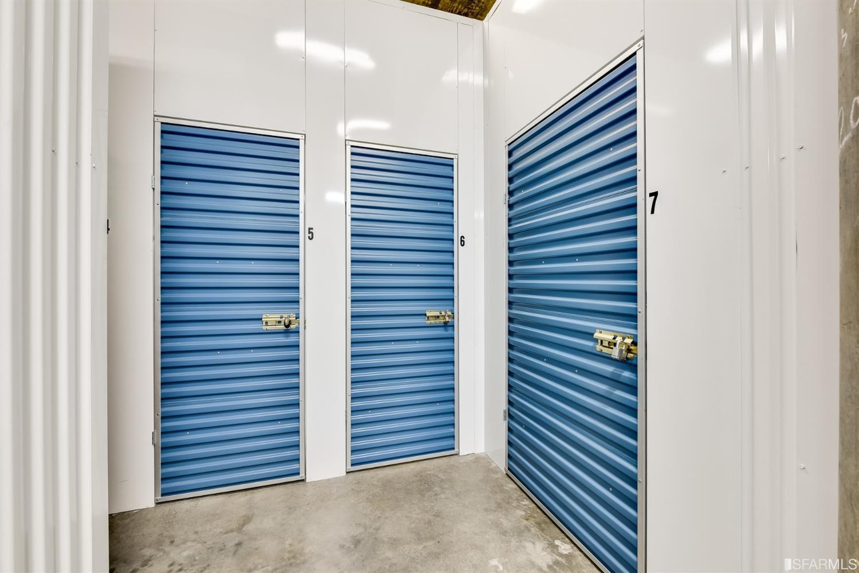 Photo #14: Storage room