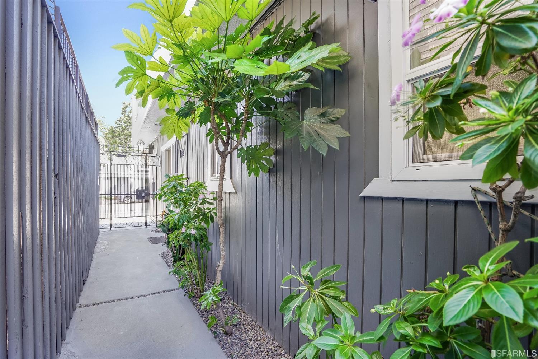 Listing 421569206 : 333  Haight Street 1, San Francisco, CA, 94102  (photo 22)