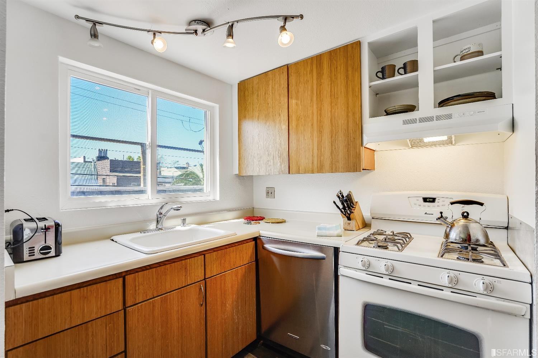 Listing 421569220 : 333  Haight Street 4, San Francisco, CA, 94102  (photo 11)
