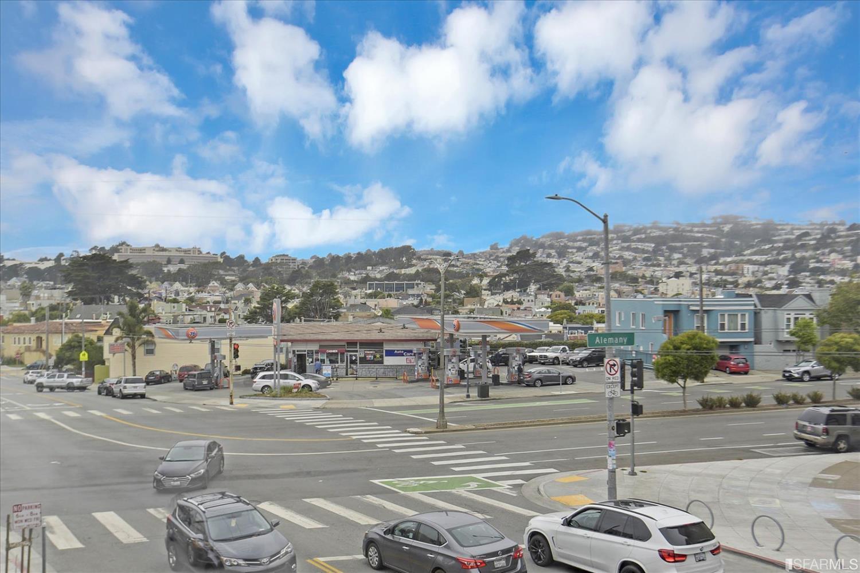Listing 421574019 : 1  Wattson Place 2, San Francisco, CA, 94112  (photo 36)