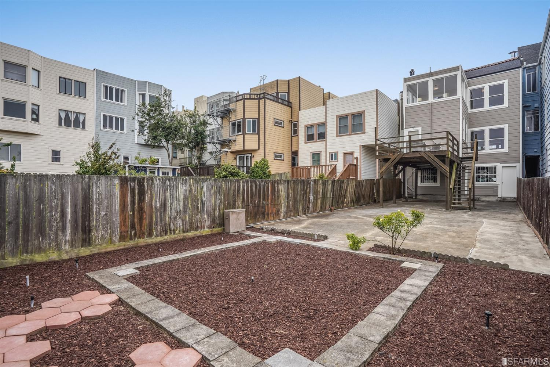 672 27th Ave, San Francisco, CA 94121