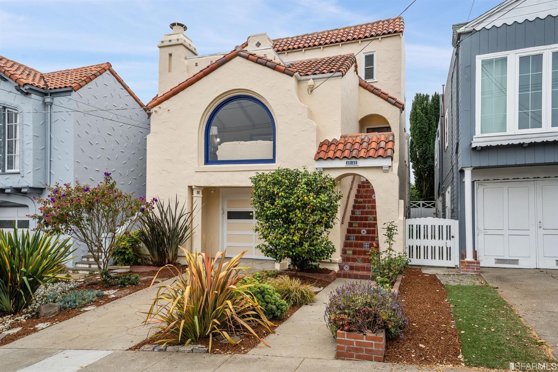 Listing 421559988 : 2323  14th Avenue, San Francisco, CA, 94116  (photo 1)