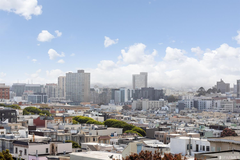 Listing 421595396 : 1039-1041  Green Street, San Francisco, CA, 94133  (photo 35)